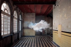 0813-man-made-indoor-clouds-belgium-670